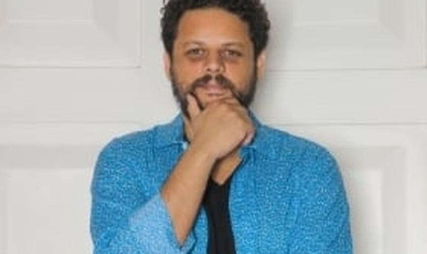 """Marcos Almeida fala mais sobre o projeto """"Nossa Brasilidade""""; assista"""