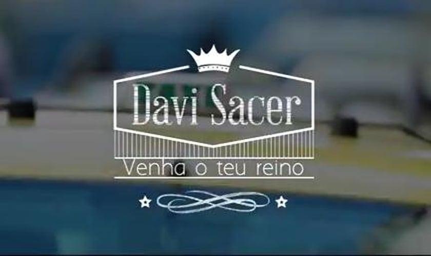 """Davi Sacer lança o clipe da canção """"Venha o Teu Reino""""; confira"""
