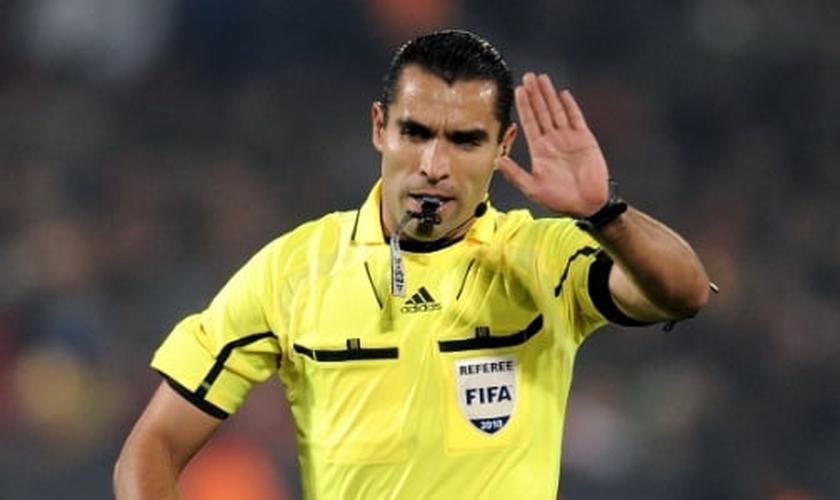 "Pastor, árbitro que apitará Brasil X Alemanha recusa apelido ""demoníaco"""