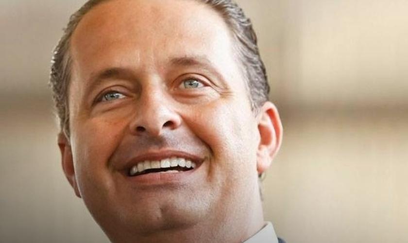 Eduardo Campos morre em acidente de avião, em Santos (SP)