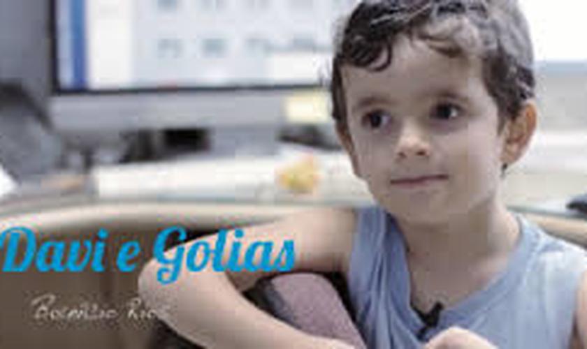Sucesso nas mídias sociais, pequeno Benício Rios conta a história de Samuel; assista