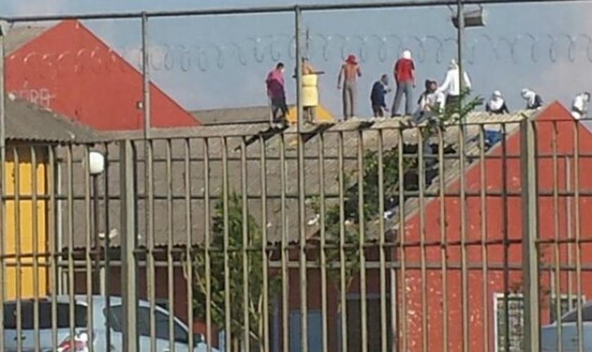 Presos bateram em refém durante a rebelião em Guarapuava, no Paraná