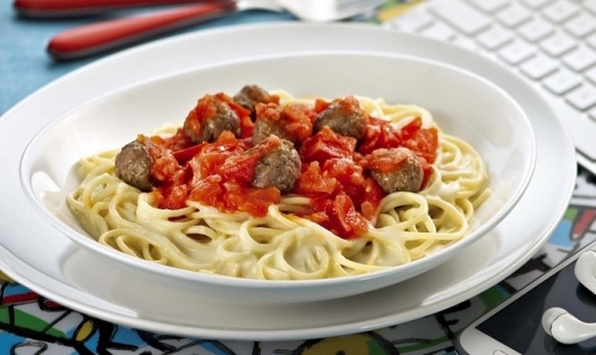 Espaguete com Catupiry