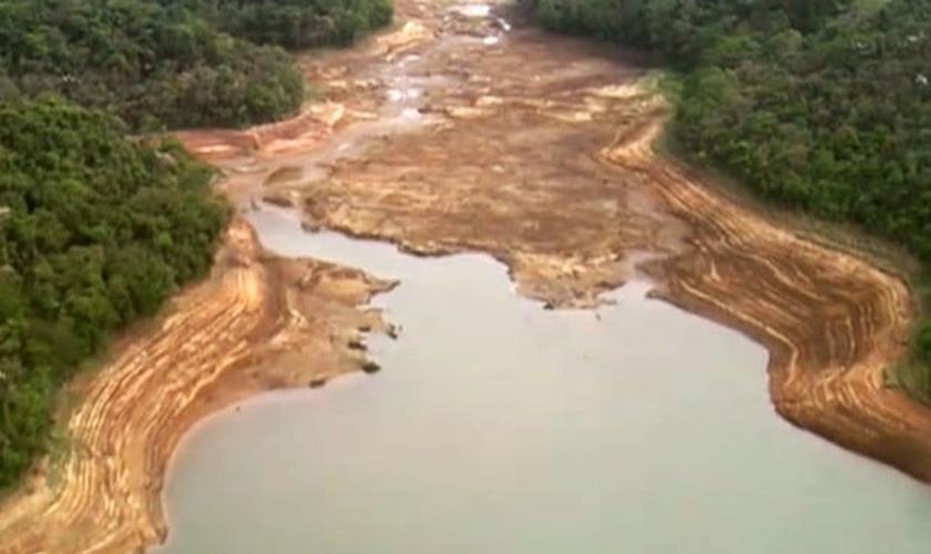 Nível de água de reservatório do Cantareira atinge índice mais baixo da história
