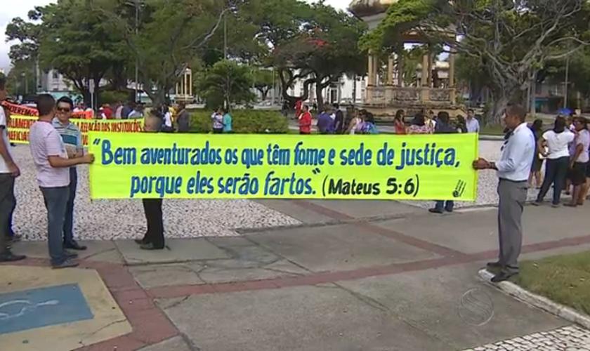 Membros de igrejas evangélicas realizam manifesto contra a corrupção, em SE