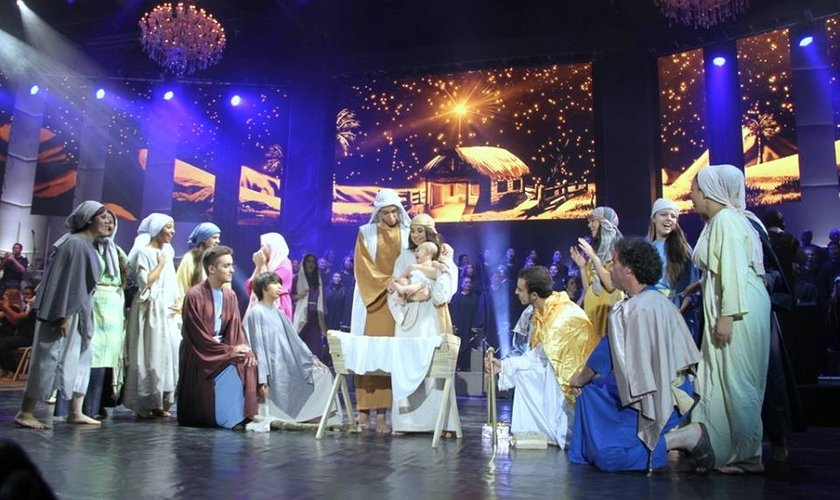 """Assista na íntegra ao Espetáculo """"Nataleluia 2014"""", apresentado em Curitiba (PR)"""