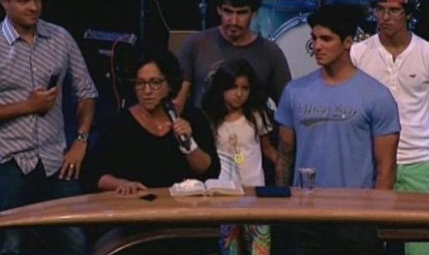 Gabriel Medina dando o seu testemunho na Bola de Neve Church
