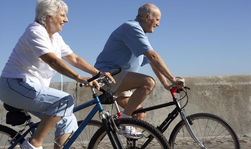 Atividades físicas por idosos