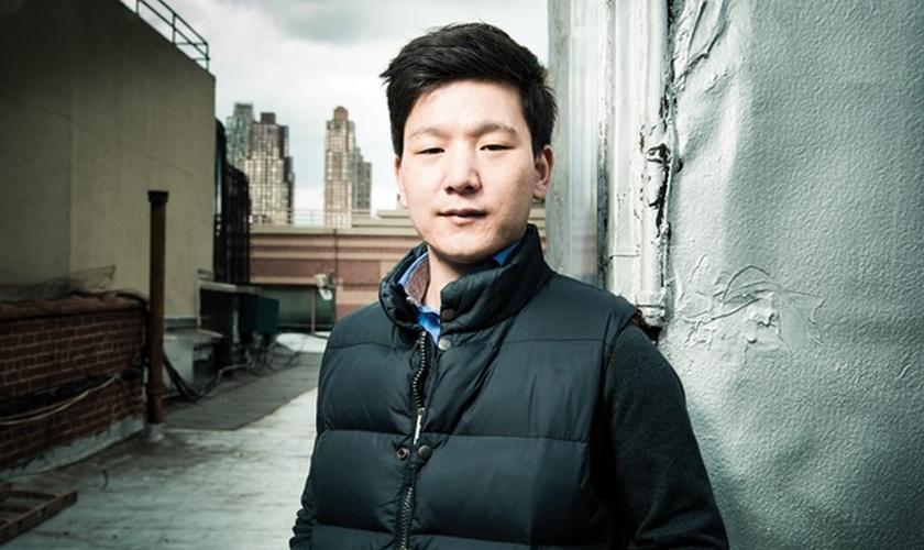 """Joseph Kim é o autor do livro """"Sob o Mesmo Céu: Da fome na Coreia do Norte à Salvação da América"""" (Houghton Mifflin Harcourt)."""