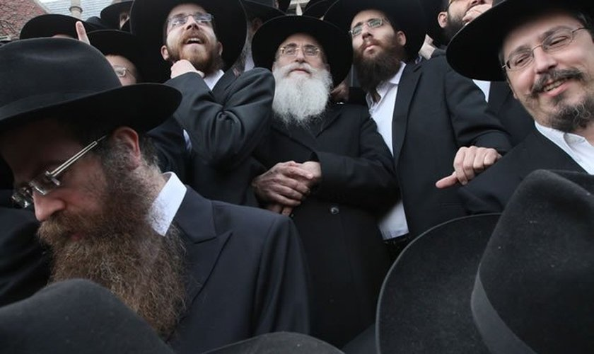 Judeus e cristãos têm mais em comum do que aquilo que os divide. (Foto: Chabad)