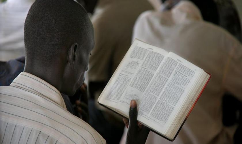 Líderes religiosos não poderão falar publicamente sobre a perseguição aos cristãos. (Foto: Reprodução)