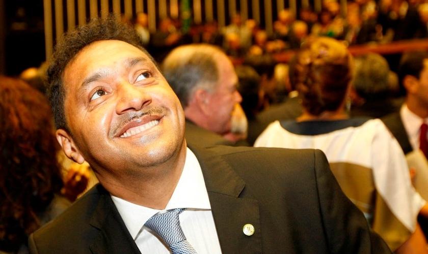 José Everardo, conhecido como Tiririca é deputado federal pelo PR - SP.