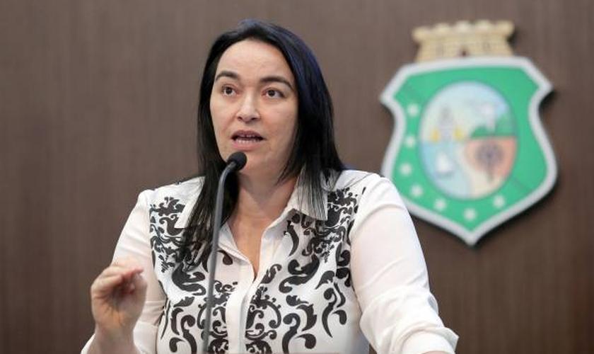 Dra. Silvana é deputada estadual no Ceará pelo PMDB e tem combatido a ideologia de gênero no estado. (Foto: Assembleia Legislativa do Ceará)