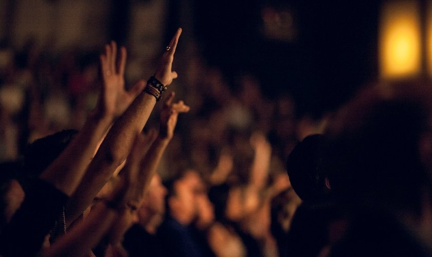 Cerca de 4 mil pessoas aceitam Jesus em oito semanas, na menor região dos EUA. (Foto: Reprodução)