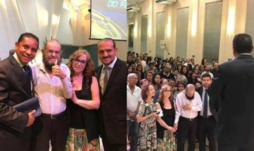 Zé do Caixão participou de um culto na Igreja Adventista do Sétimo Dia Central Paulistana. (Foto: Extra)