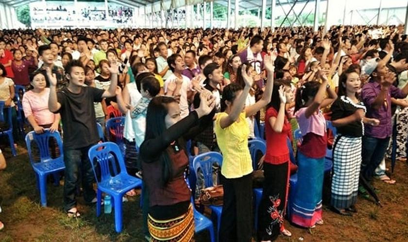 Cristãos de Myanmar. (Foto: CSW)