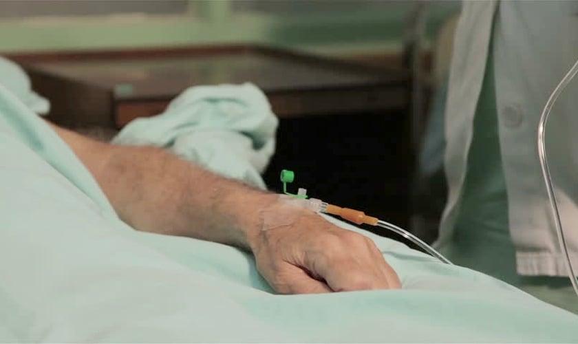 Imagem ilustrativa. Após entrar em coma, Stephen diz que viu Jesus Cristo no céu. (Foto: Shutterstock)