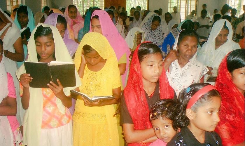 Foi um grande desafio para os membros da aldeia Junwani celebrarem a Semana Santa. (Foto: Reprodução).