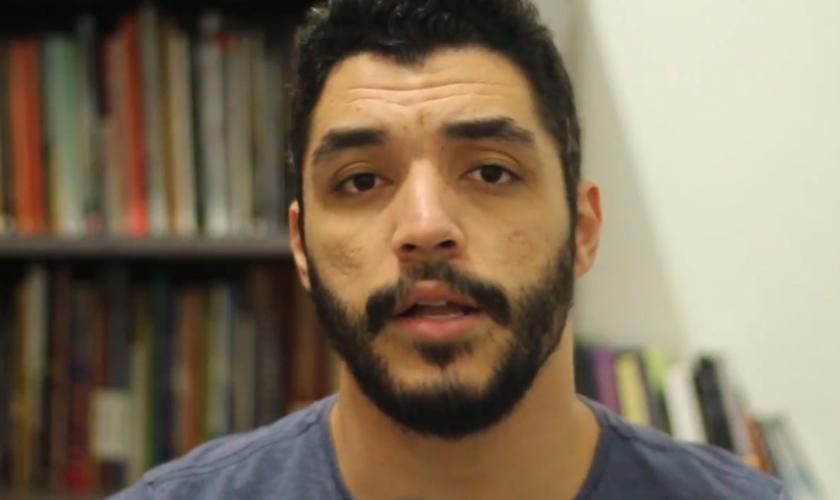 Matheus Melo está à frente da Escola do Sobrenatural Geração do Avivamento (GA). (Foto: Reprodução/YouTube)