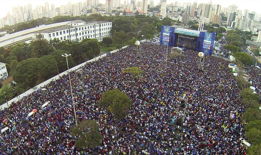 Marcha Para Jesus 2016 reuniu milhares de pessoas em São Paulo. (Foto: Divulgação)
