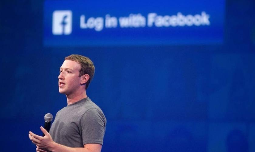 Mark Zuckerberg acredita que o Facebook pode preencher o papel das igrejas. (Foto: Josh Edelson/AFP)