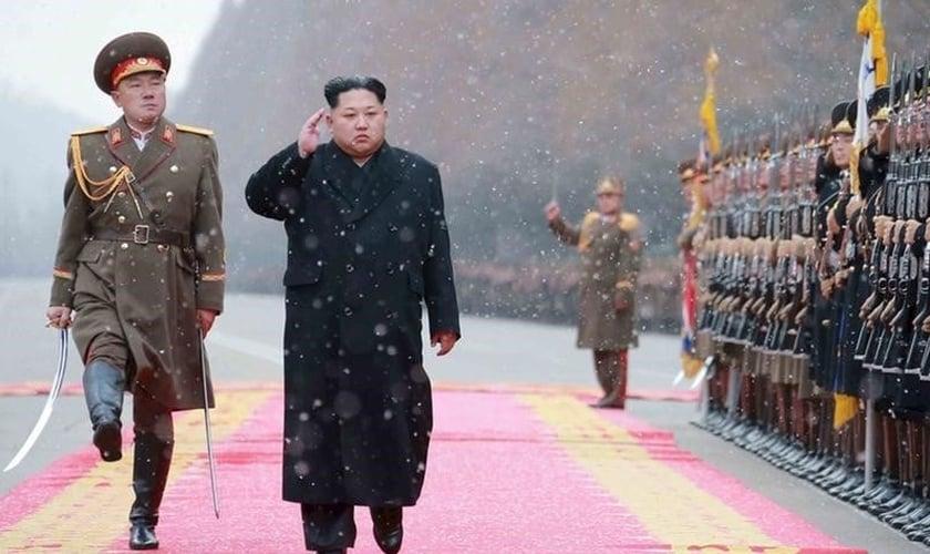 Kim Jong-un é idolatrado como um 'deus' na Coreia do Norte. (Foto: Reuters)