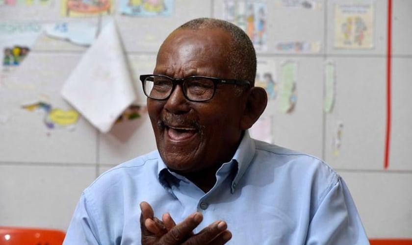 Lourival ingressou na escola pela primeira vez aos 92 anos. (Foto: Divulgação/Secom)