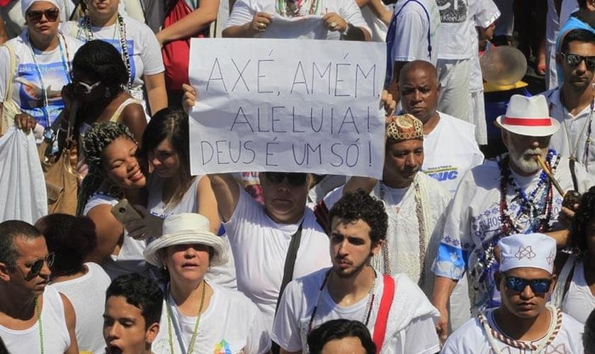 Representantes de matriz africana pedem fim da intolerância religiosa. (Foto: Maíra Coelho/Agência O Dia)