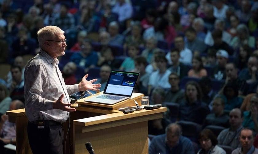 Ken Ham é um cientista australiano conhecido principalmente por defender o criacionismo. (Foto: Reprodução/Facebook)