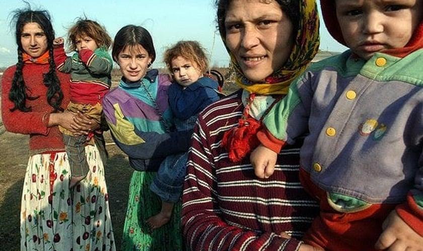 """Tratados como """"trapaceiros"""" e """"vagabundos"""", os ciganos sofreram intensa difamação. (Foto: Reprodução)."""