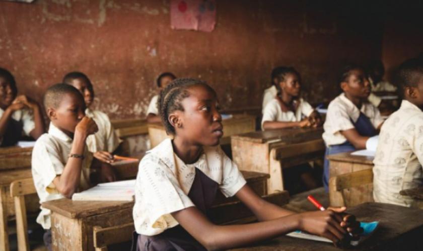Crianças revelaram que são impedidas de praticar o cristianismo e obrigadas a seguir outras religiões. (Foto: CSW).