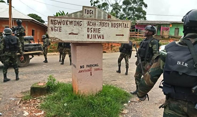 Mais de 2 mil mortos e cerca de 170 aldeias foram queimadas por conta da ação abusiva dos militares. (Foto MNN).