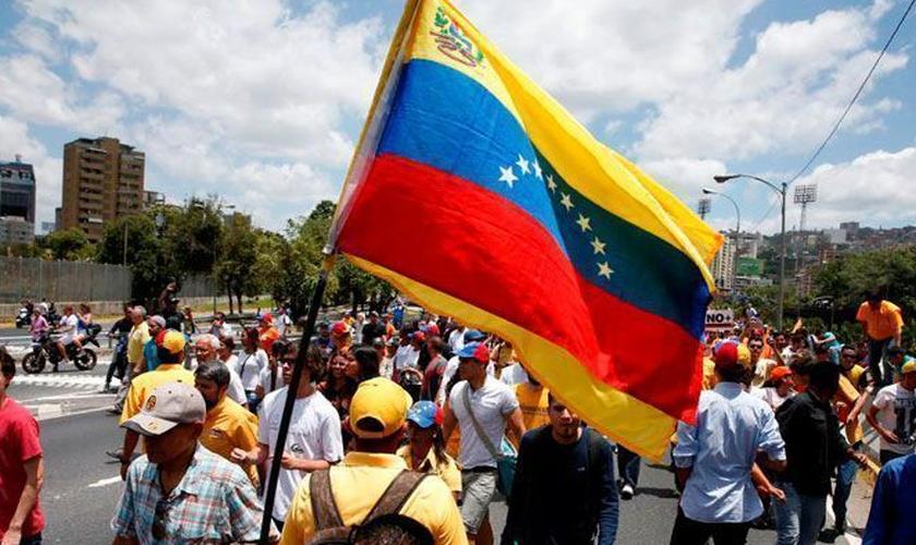 O cenário econômico da Venezuela passa por uma dura crise. (Foto: Reuters).