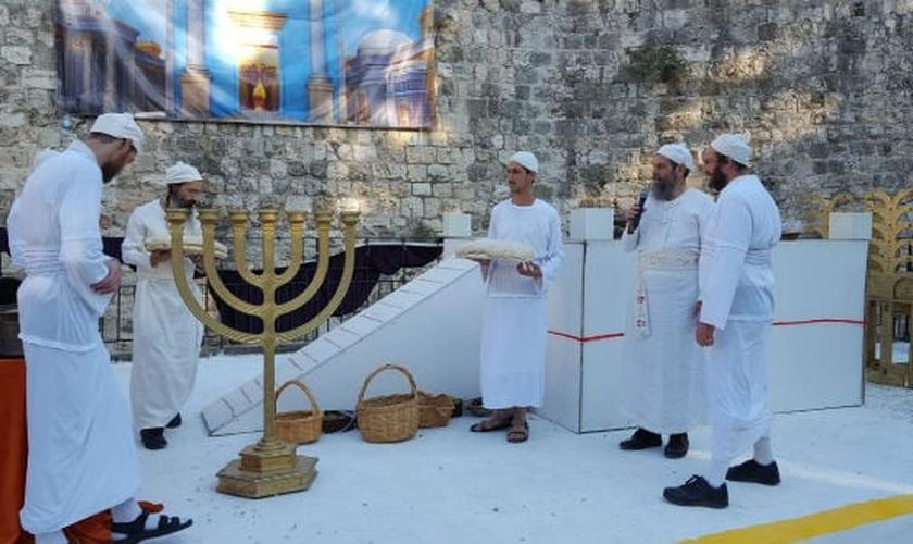 Setenta nações foram convidadas para estarem presentes na consagração do altar. (Foto: Sinédrio)