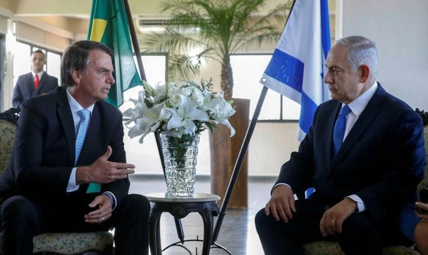 Jair Bolsonaro e o primeiro-ministro israelense Benjamin Netanyahu no Rio de Janeiro, em 28 de dezembro de 2018. (Foto: Agência Brasil/AFP/Fernando Frazão)