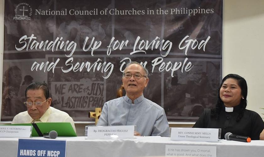 Conselho Nacional de Igrejas nas Filipinas em coletiva de imprensa após ser listado pelo governo como terrorista. (Foto: NCCP)