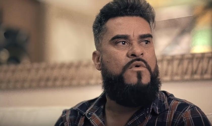 Atualmente Wesley Pereira é pastor e lidera uma igreja na cidade de Santa Luzia (MG). (Imagem: Youtube / Canal Thalles Roberto)