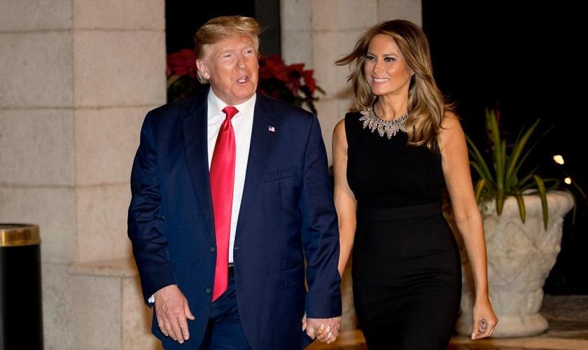 Donald Trump e a primeira-dama dos EUA, Melania Trump. (Foto: AP Photo/Andrew Harnik)