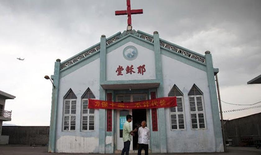 Igrejas menores na China estão sendo forçadas a se unirem a denominações legalizadas pelo governo. (Foto: GospelHerald)