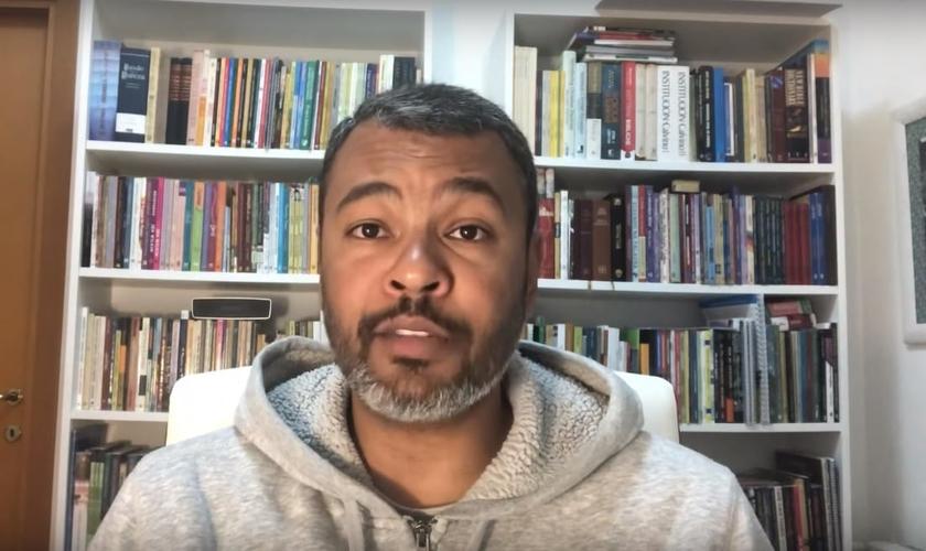 Pastor Luiz Carlos tem trabalhado na implantação de uma igreja em Roma. (Imagem: Youtube / Reprodução)