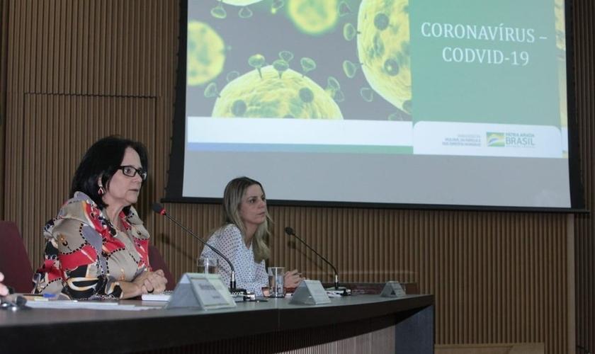 Ministra Damares Alves falou com líderes religiosos sobre prevenção ao coronavírus. (Foto: Willian Meira/AscomMMFDH)
