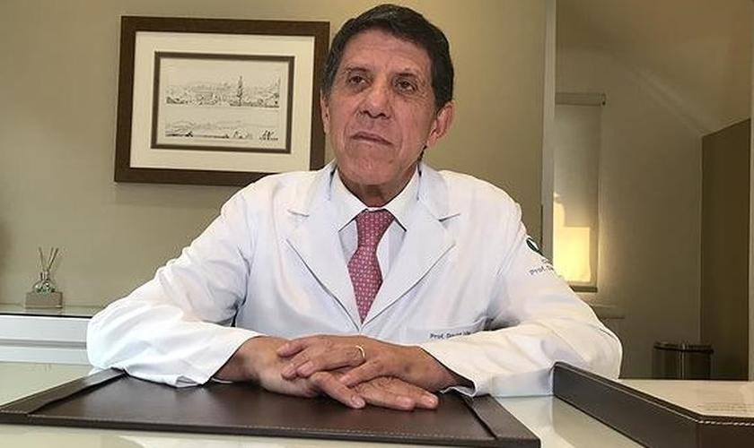 Infectologista é coordenador do Centro de Contingência contra a Covid-19 no Estado de SP. (Foto: Reprodução/Chico Prado)