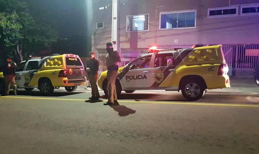 Polícia interrompeu culto online na Assembleia de Deus Ministério de Madureira em Curitiba. (Foto: Davi Secundo de Souza)
