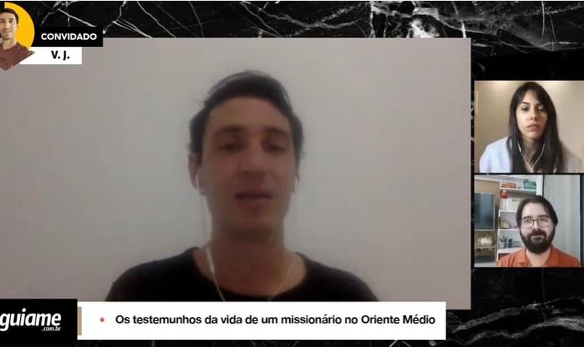 O missionário V.J. participou de uma live com o Guiame, falando sobre suas experiências impactantes, vivenciadas no Oriente Médio. (Imagem: Guiame / Reprodução)
