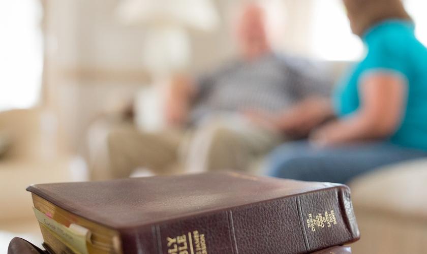 O número de pessoas engajadas na leitura bíblica caiu na pandemia. (Foto: Church of Jesus Christ)