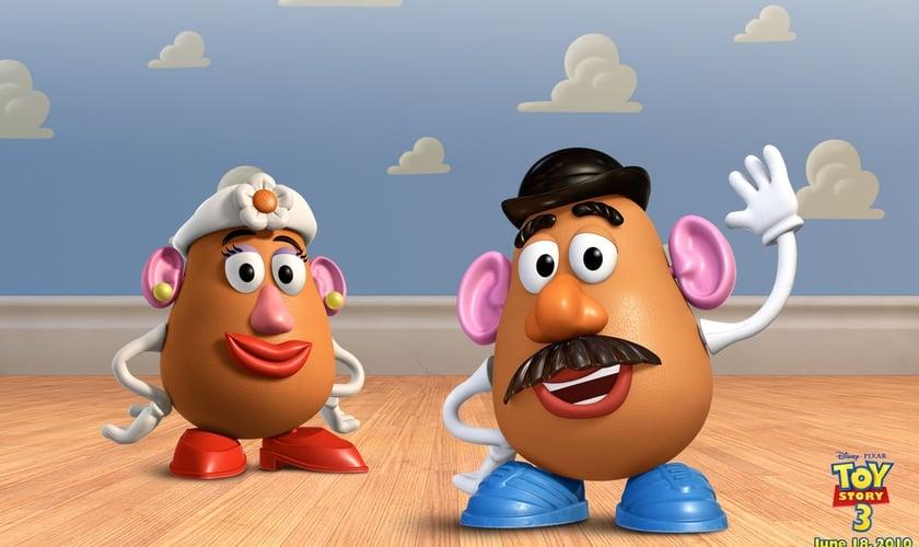 Personagens Sr. e Sra. Cabeça de Batata. (Foto: Divulgação Disney Pixar/Hasbro)