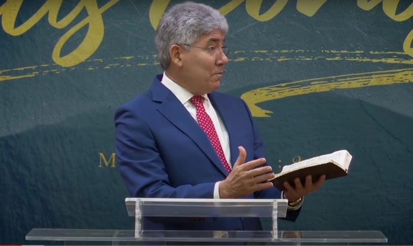 Pastor Hernandes Dias Lopes fala sobre o propósito de Deus na vida de cada pessoa. (Foto: Reprodução/Youtube)