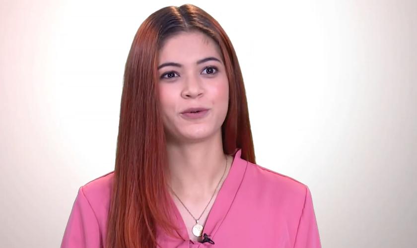 Gabriela Malafaia, de 20 anos, foi transformada por Jesus. (Foto: Portal Universal)