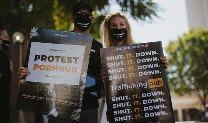Protesto da organização cristã ExodusCry conta o site Pornhub. (Foto: ExodusCry).