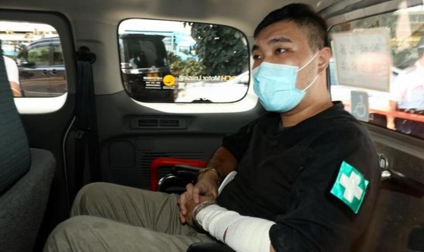 Tong Ying-kit é o primeiro a ser julgado sob a controversa lei imposta pela China em Hong Kong. (Foto: Eddie Stringer/ZUMA Wire)